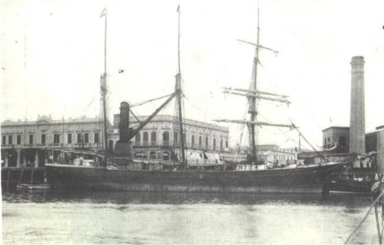 """El """"Annie Morgan"""", barco de la Compañía Mercantil Chubut, anclado en Buenos Aires, 1898."""